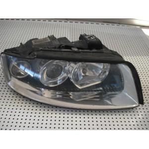 Audi A4 priekšējais labais lukturis